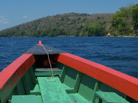Lago Peten Itza and Flores Tour