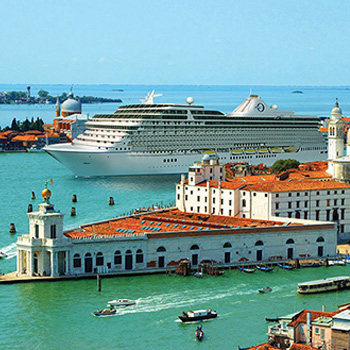cruise ship on the Italian coast