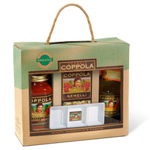 Mammarella Gift Box with pasta, sauce and oil