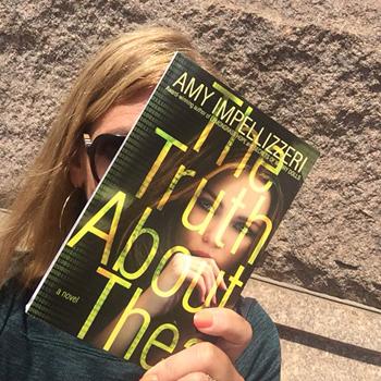 Author Amy Impellizzeri