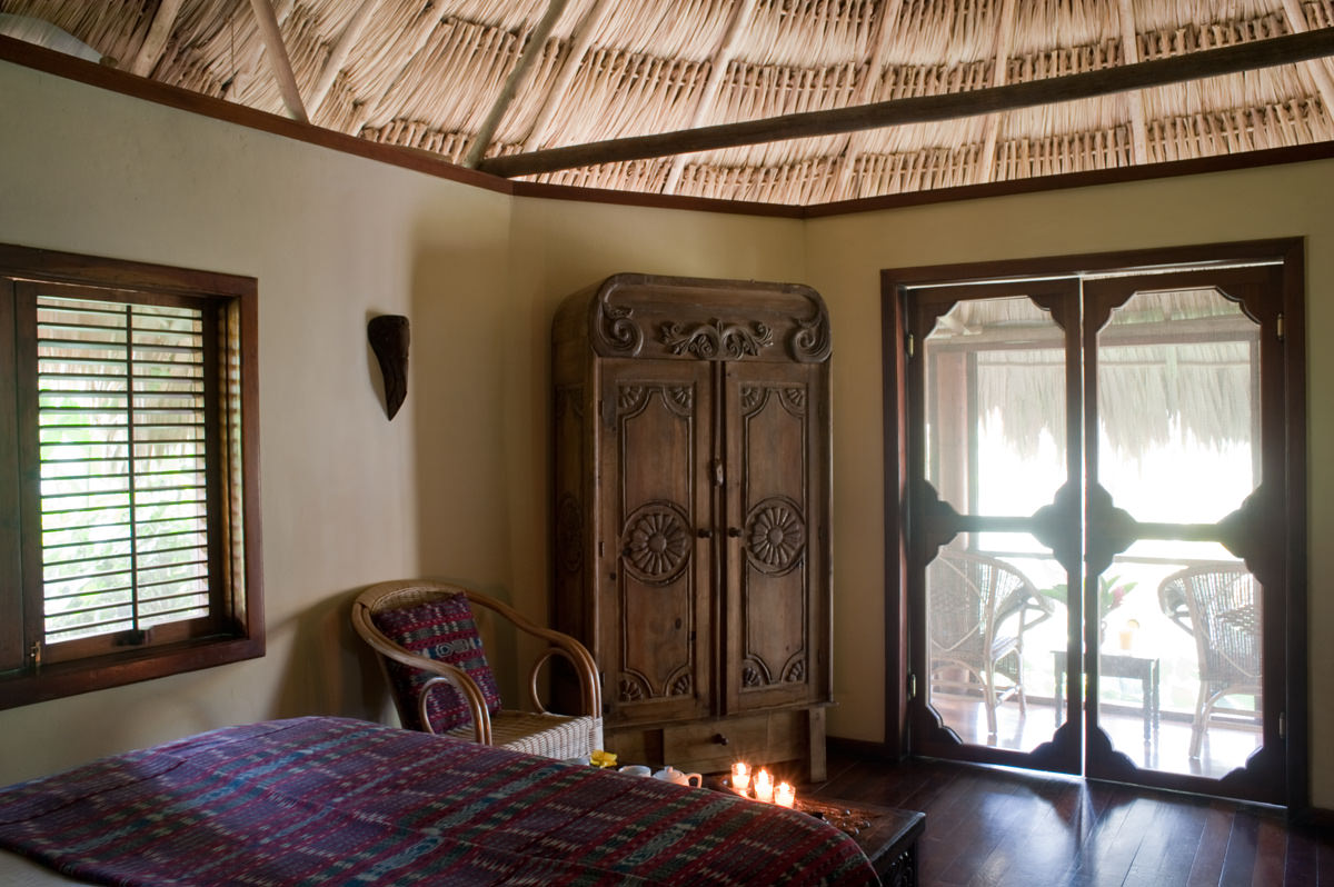 Luxury garden rooms belize garden view caba as at for Luxury garden rooms